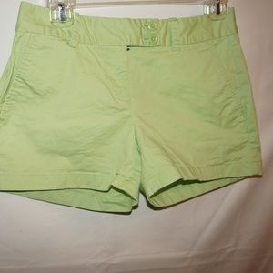 Vineyard Vines Green shorts womens size 00
